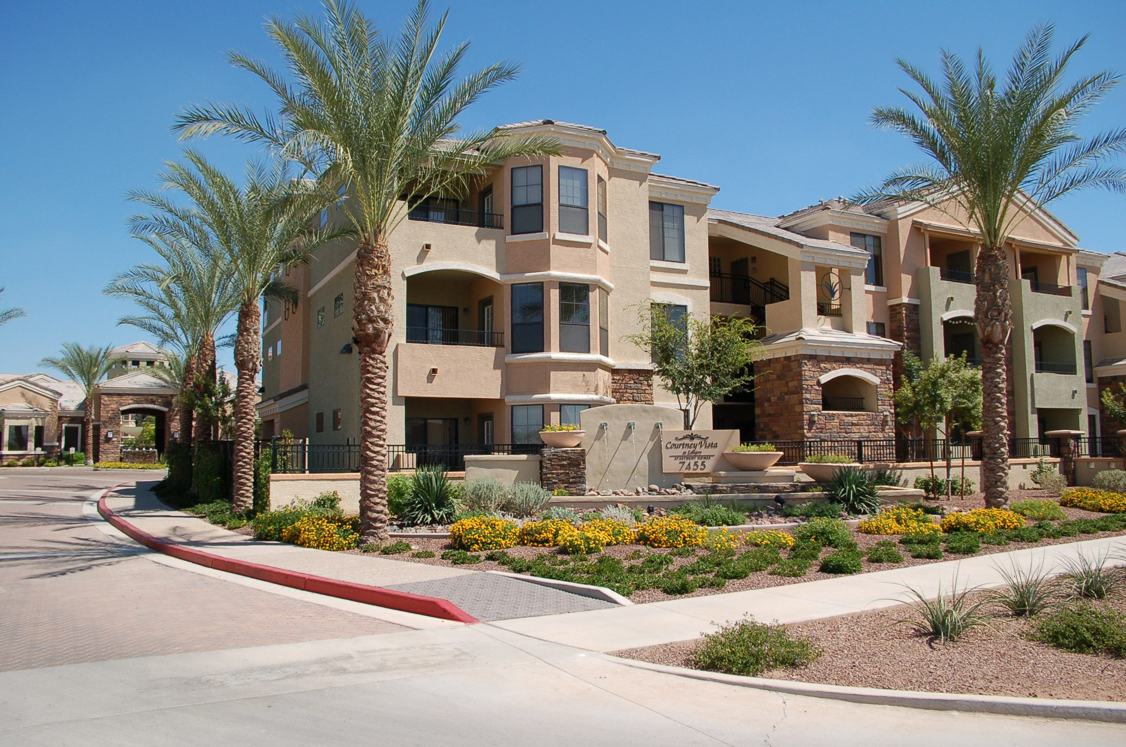 The Courtney at Vista Zanjero | AZ | 308 Units