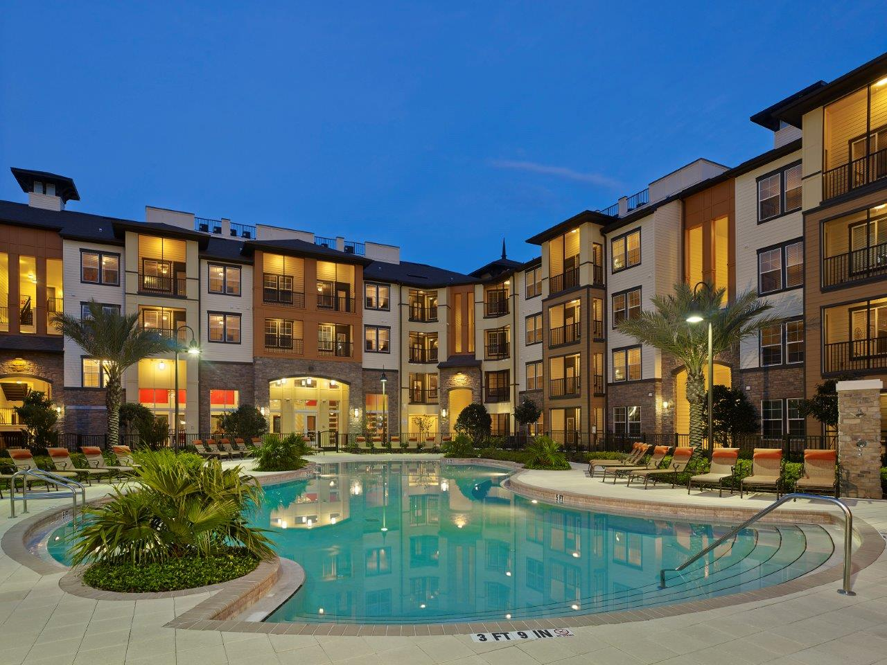 The Courtney at Universal Boulevard | Orlando, FL | 355 Units