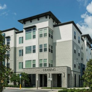 The Courtney at Lake Shadow | Maitland, FL | 244 Units